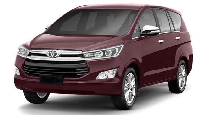 toyota innova on rent jodhpur